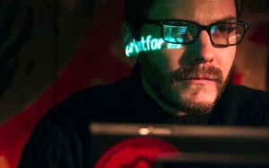 daniel-bruhl-in-the-fifth-estate-movie-3